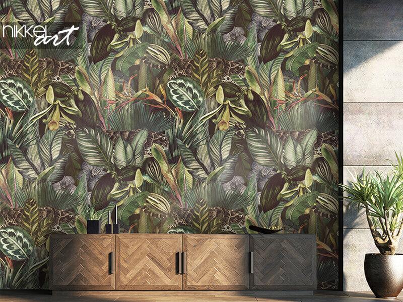 Papier peint motif tropical avec léopard nébuleux et fleurs tropicales