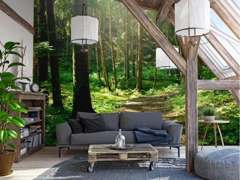 Un salon apaisant avec du papier peint photo d'une forêt