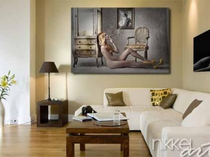 photo sur plexiglas femme nue fumant un cigare. Black Bedroom Furniture Sets. Home Design Ideas